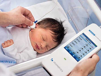 วัยเด็กใช้เครื่องช่วยฟัง_ผู้เชี่ยวชาญด้านการได้ยิน และเครื่องช่วยฟัง Hearing Coach